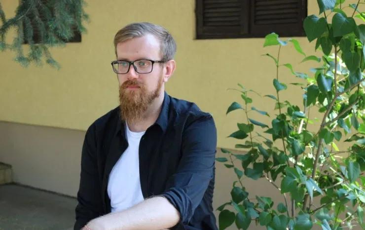 Storyteller: Samuel Koruniak: Treba imati hrabrosti da reagujemo na društveno-političku situaciju kod...